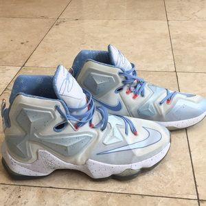 newest 5f8e0 7250d Nike Shoes - NIKE Lebron 13 Christmas Fire and Ice